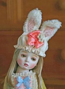 丸善・丸の内本店で4月15日から21日まで開催される創作人形展「春」に出品される小畑すみれさんの「春が来た!」。